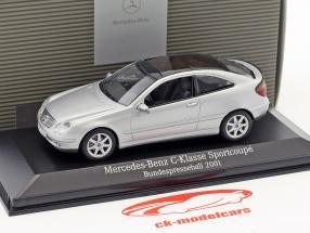 Mercedes-Benz C-Klasse Sportcoupe Bundespresseball 2001 silber 1:43 Minichamps