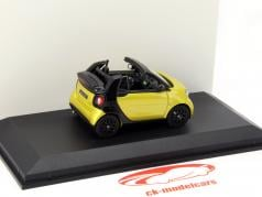 Smart fortwo Cabriolet (A453) yellow / black 1:43 Norev