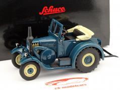 Lanz Eilbulldog with open hood blue 1:32 Schuco