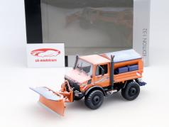 Unimog U1600 winter service orange 1:32 Schuco