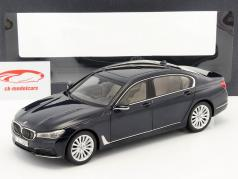 BMW 750 Li (G12) year 2015 imperial blue 1:18 iScale