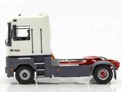 Renault AE 500 Magnum Truck year 1991 white 1:18 OttOmobile