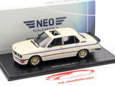 BMW M535i (E12) white 1:43 Neo