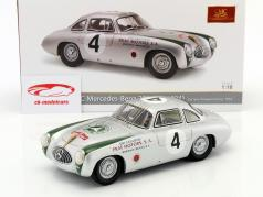 Mercedes-Benz 300 SL (W194) #4 gagnant Carrera Panamericana 1952 Kling 1:18 CMC
