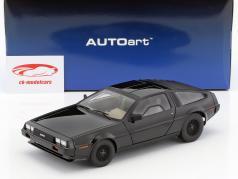 DeLorean DMC-12 year 1981 black 1:18 AUTOart