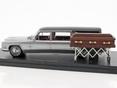 Cadillac Landau hearse silver / black 1:43 Neo