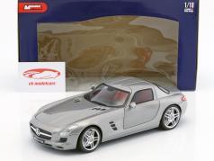 Mercedes-Benz SLS AMG Opførselsår 2010 sølv metallisk 1:18 Mondo Motors