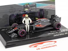 J. Button McLaren MP4-31 #22 last Race Abu Dhabi Formel 1 2016 1:43 Minichamps