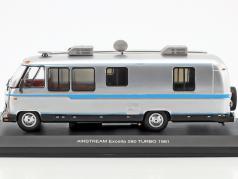 Airstream Excella 280 turbo anno di costruzione 1981 argento / azzurro 1:43 Ixo