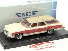 Pontiac Wagon Grand Safari year 1976 white / wood optics 1:43 Neo