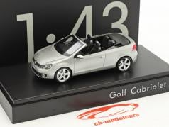 Volkswagen VW Golf Cabriolet Baujahr 2012 silber metallic 1:43 Schuco