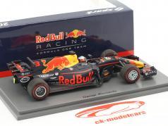 Daniel Ricciardo Red Bull RB13 #3 vincitore Azerbaijan GP F1 2017 1:43 Spark