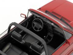 "Volkswagen VW Golf I cabriolet ""Erdbeerkörbchen"" année de construction 1992 rouge 1:18 Norev"