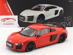 Audi R8 V10 Plus anno di costruzione 2015 rosso 1:18 Maisto