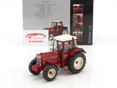 International Harvester IHC 1255XL rosso 1:32 Schuco