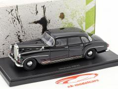 Maybach SW42 Opførselsår 1957 sort 1:43 AutoCult