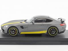 Mercedes-Benz AMG GT R année de construction 2017 jaune / gris métallique 1:43 Almost Real