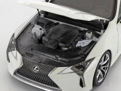 Lexus LC 500 anno di costruzione 2018 bianco 1:18 AUTOart