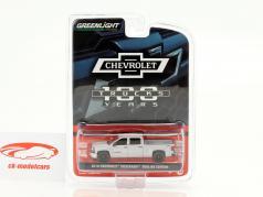Chevrolet Silverado Pick-Up Redline Edition 2018 grigio argento metallico 1:64 Greenlight