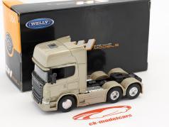 Scania V8 R730 (6x4) oro 1:64 Welly