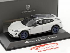 Porsche Mission E Cross Turismo year 2018 light gray metallic / blue rims 1:43 Spark