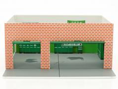 Weekend Workshop Greenlight Mechanic's Corner Series 2 vert version 1:64 Greenlight