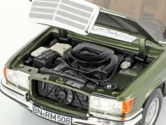 Mercedes-Benz 450 SEL 6.9 (W116) anno di costruzione 1976 verde metallico 1:18 Norev