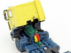 Volvo F10 contenitore semirimorchio serie TV Auf Achse (1977-1996) giallo / blu / argento 1:50 Herpa