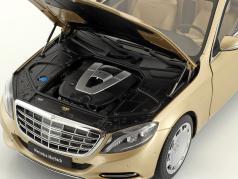 Mercedes-Benz Maybach S 600 Pullman année de construction 2016 or 1:18 AUTOart