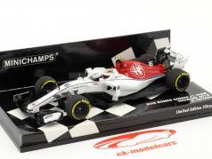 Charles Leclerc Sauber C37 #16 showcar formula 1 2018 1:43 Minichamps