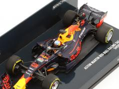Daniel Ricciardo Red Bull Racing RB14 #3 showcar formula 1 2018 1:43 Minichamps