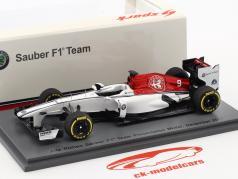 Alfa Romeo Sauber Formel 1 Team Präsentation 2018 1:43 Spark