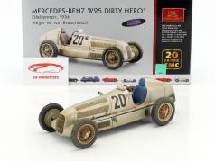 Mercedes-Benz W25 Dirty Hero #20 Gagnant Eifelrennen 1934 von Brauchitsch 1:18 CMC