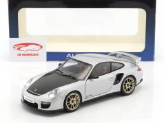 Porsche 911 (997) GT2 RS Baujahr 2010 silber 1:18 AUTOart