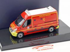 Renault Master pompiers VSAV année de construction 2014 rouge / jaune 1:43 Norev