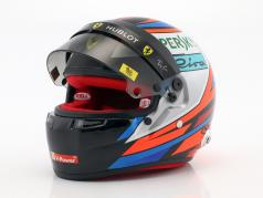 Kimi Räikkönen Ferrari SF71H formule 1 2018 casque 1:2 Bell