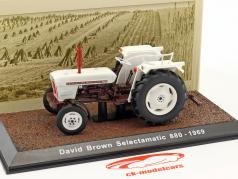 David Brown Selectamatic 880 tractor year 1969 White 1:32 Atlas