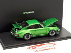 Porsche 911 Turbo Baujahr 1975 grün metallic 1:43 Kyosho