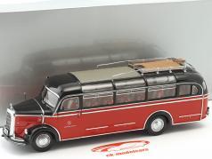 Mercedes-Benz O 3500 bus black / signal red 1:43 Minichamps