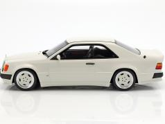 Mercedes-Benz 300 CE AMG 6.0L Wide Body arktik white 1:18 OttOmobile