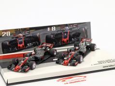 R. Grosjean #8 & K. Magnussen #20 2-Car Set Haas VF-17 formule 1 2017 1:43 Minichamps