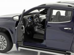 Mercedes-Benz X-Class anno di costruzione 2017 blu metallico 1:18 Norev