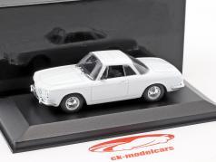 Volkswagen VW Karmann Ghia 1500/1600 année de construction 1961-1969 blanc 1:43 Minichamps / faux suremballage