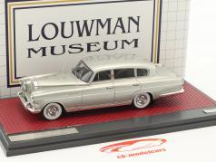 Rolls Royce Silver Wraith LWB Special Saloon Vignale année de construction 1954 argent métallique 1:43 Matrix