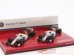 M. Ericsson #9 & Ch. Leclerc #16 2-Car Set Sauber C37 Formel 1 2018 1:43 Minichamps