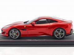 Ferrari Portofino Closed Top année de construction 2017 feu rouge 1:18 BBR