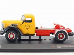 International Harvester KB7 year 1948 yellow / red / black 1:43 Ixo