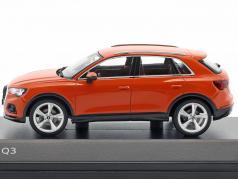 Audi Q3 impulso arancione 1:43 Spark