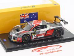 Audi R8 LMS #37 Winner 12h Bathurst 2018 Frijns, Leonard, Vanthoor 1:43 Spark