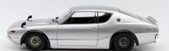 Ignition Model und der Nissan Skyline 2000 GT-R in 1:18